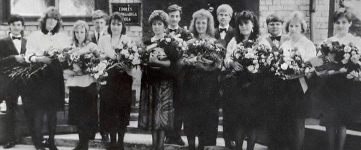 1992. gada absolventi